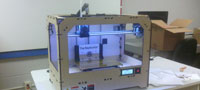 MakerBot Replicator has landed at UNK – unboxing and first print